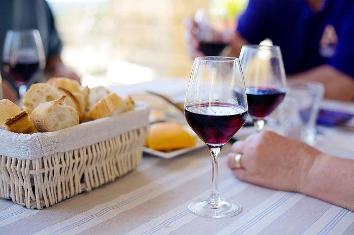 baltojo vyno ir širdies sveikata)